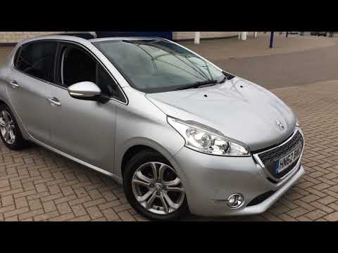 used-cars-leicester.-peugeot-208-allure-with-panoramic-sun-roof