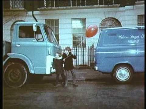 Dashing Into The Road 1970   UK Public Information Film