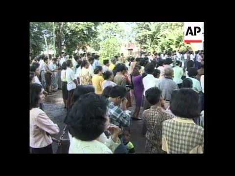 INDONESIA: RIOTERS STORM CATHOLIC CHURCH