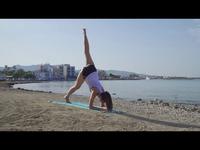 Yoga on the beach. All levels.