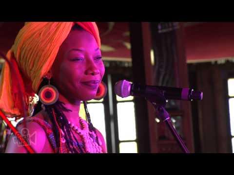 Fatoumata Diawara - Clandestin (Live at Sydney Festival) | Moshcam