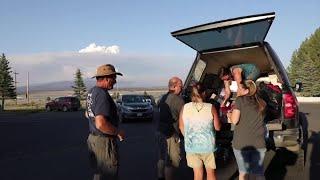 Oregon community helps evacuees of Bootleg Fire