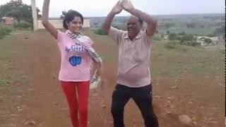 Halgi Vajati Aradhi Style | Gaodhi Dance | Young Girl & Old Man | Asal Marathi Dance Exclusive