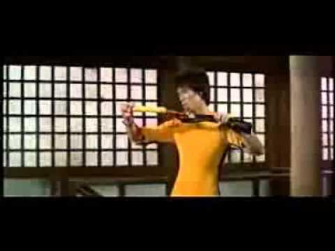 Bruce Lee vs Dan Innosanto escenas borradas.3gp