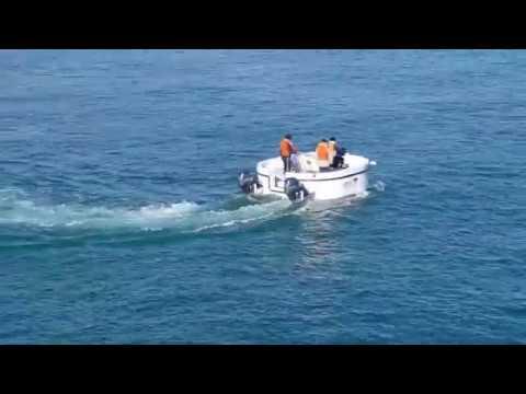 MOVING AQUARIUM ! compact semi submarine PENGUIN 2.1(FLYING PENGUIN)SEA TRIAL NO 1.반잠수 레저보트/반잠수정