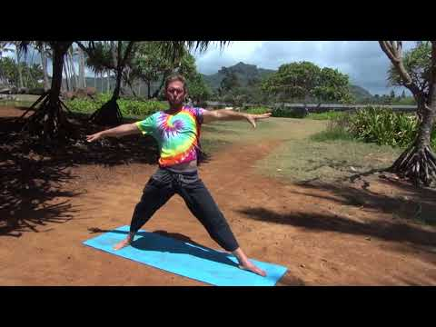 Sound Space Yoga : Beach Yoga warm up
