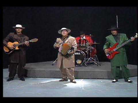 """Los Garcia Brothers - """"Dos Carnales"""" y """"El cometa"""""""