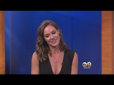 Erinn Hayes Stars In New CBS Sitcom 'Kevin Can Wait'