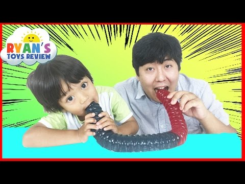 WORLD'S LARGEST GUMMY WORM CHALLENGE Ryan ToysReview