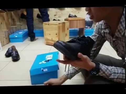 Cách đánh xi cho giày da nhanh, sạch như mới