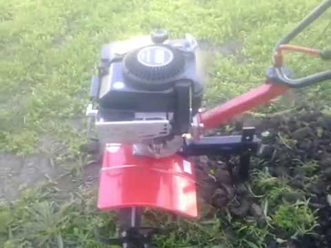 self-made мотоблок из двс Т-200 (Муравей) пашем - YouTube