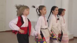 Зразковий танцювальний ансамбль ''Хоровод'' - Болградска гімназія, Болграді, Україна ''грати ръченица''