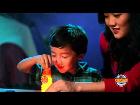 Super Miracle Bubbles Glow Fusion Bubble Solution Sizzle