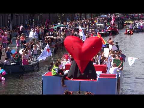 Rode kruis Gay Pride Amsterdam 2017