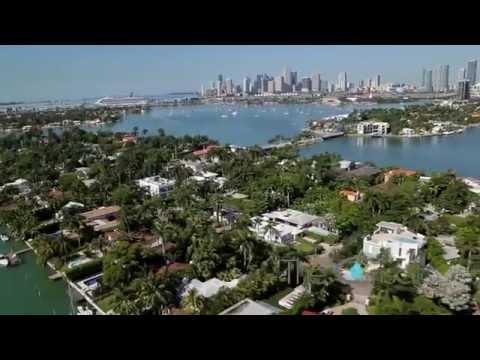 Venetian Islands en Miami Beach desde el aire by The Criscito Team At Douglas Elliman Real Estate