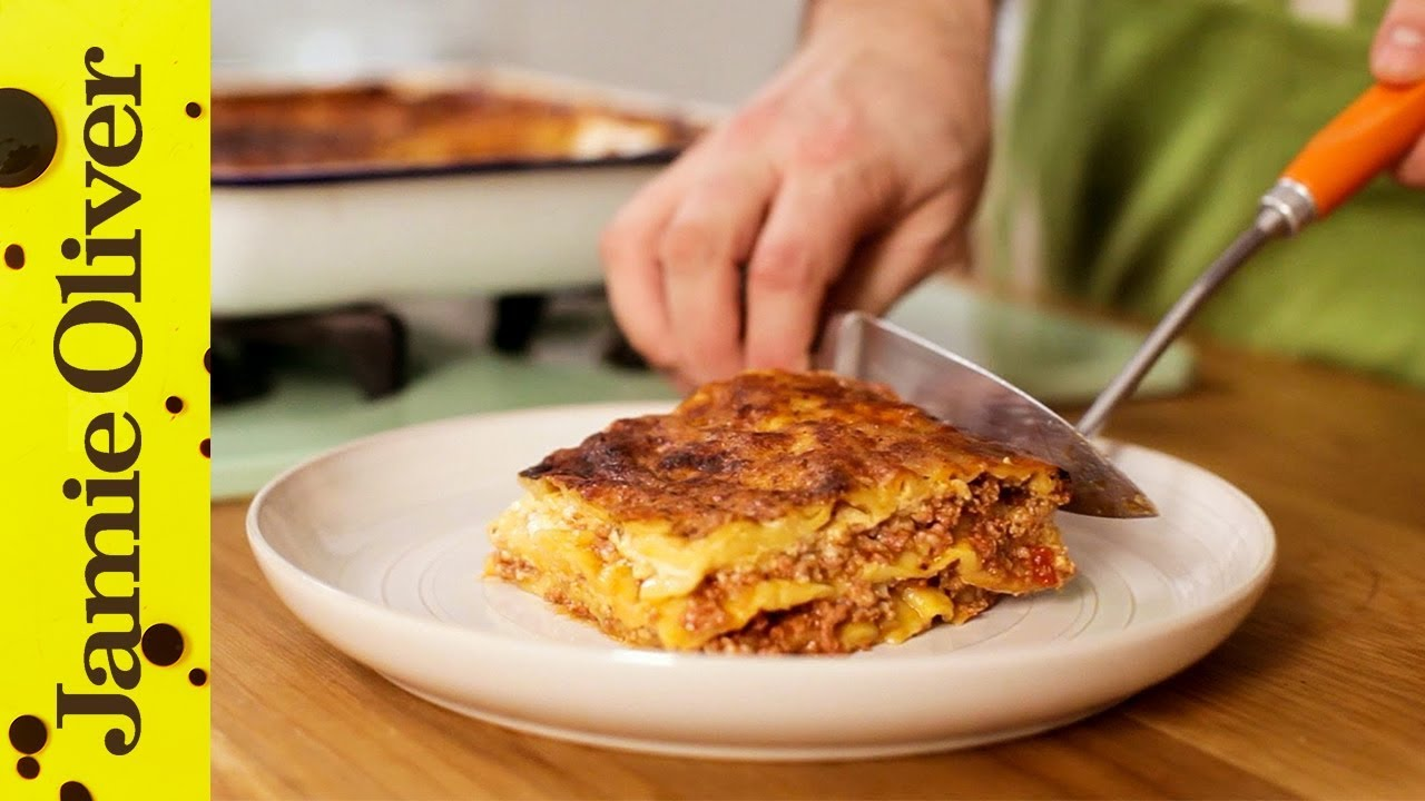 how to cook classic lasagne youtube