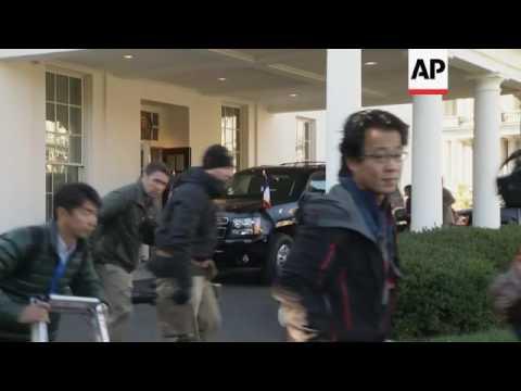 Hollande arrives at White House