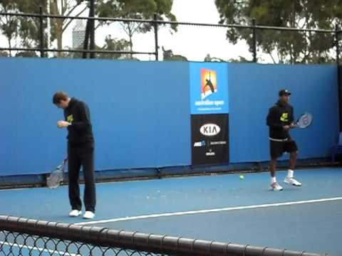 Max Mirnyi and Mahesh Bhupathi hitting with Leander Paes and Ravi Bopanna