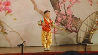 「障害者の日」で交歓会 北朝鮮、「白雪姫」公演も