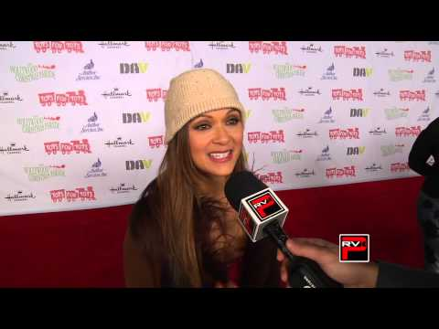 Nia Peeples talks Pretty Little Liars Philippines and Xmas