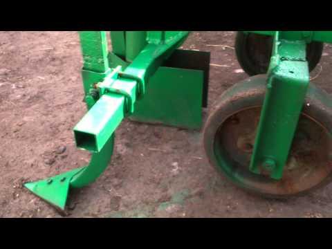 видео: Самодельная полуавтоматическая картофелесажалка