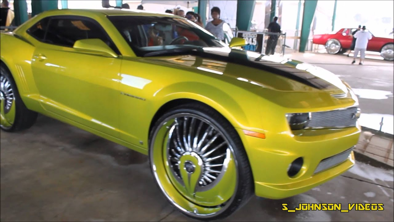Candy Lime Camaro On 28 Inch Floaters At Florida Classics