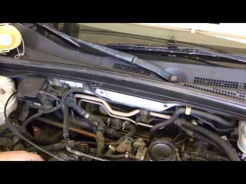 Honda Civic GX CNG Fuel Injector Removal (part 1)