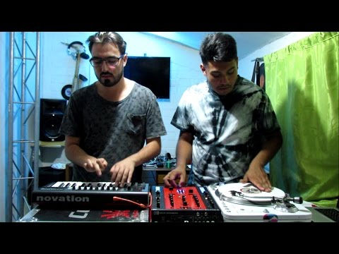 DJ PREN & DJ TNX / Family Affair