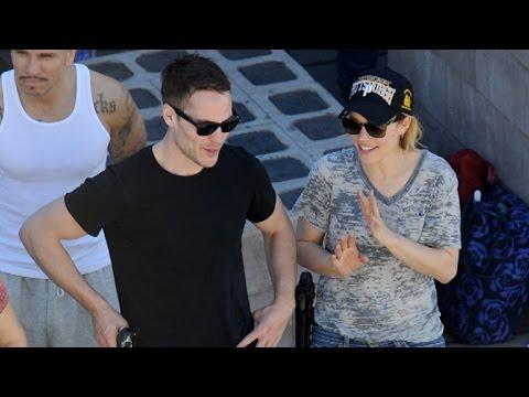 Taylor kitsch and rachel mcadams dating