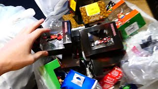 THERE ARE SO MANY!!! Gamestop Dumpster Dive Night #697 thumbnail