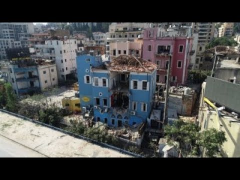 مشاهد مرعبة..لقطات وصور درون حصرية تكشف الدمار الهائل في#مرفأ_بيروت و المباني المحيطة.  - نشر قبل 2 ساعة