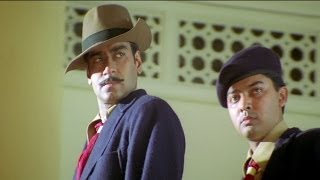 Bhagat & Batukeshwar Throw Bomb in Assembly - The Legend Of Bhagat Singh Scene | Ajay Devgan