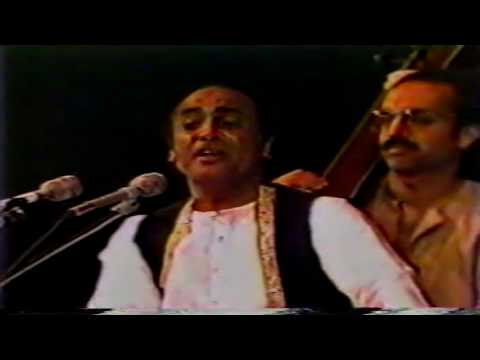 MEHDI HASSAN 2 HOURS OF LIVE VIDEO FROM 1980'S,HIS OWN FAVORITE GHAZALS