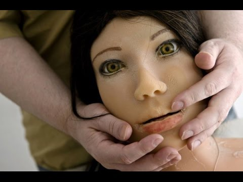 Мужчина женился на кукле
