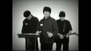 Бутырка - Запахло весной (видеоклип)(«Буты́рка» — российская музыкальная группа, исполняющая песни в жанре шансон. Считается одним из самых..., 2014-08-04T09:33:51.000Z)