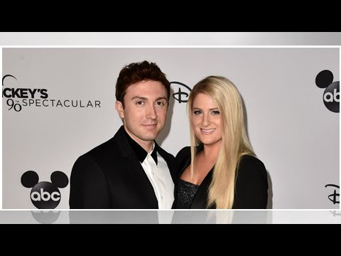Meghan Trainor & Daryl Sabara Share Romantic Photos From Honeymoon In Bora Bora Mp3