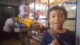 Makan ditemenin Avengers dan Thanos di Iconic Cafe Yogya|Bisa Pinjam Infinity Gauntlet!