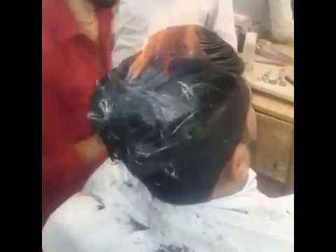 Taglia i capelli con il flex