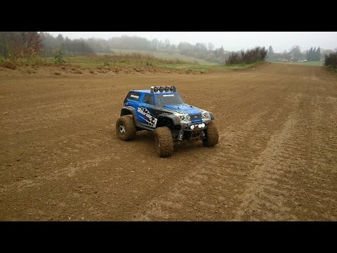Traxxas Telluride 1/10,on Off-Road Track