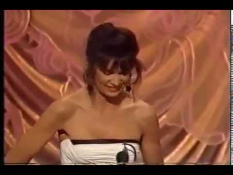 Mercedes Ruehl wins 1991 Tony Award for Best Actress in a Play