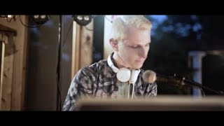"""Matthew Parker - """"Never Giving Up on You"""" (Music Video)"""