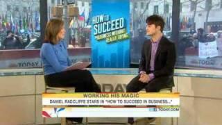 Daniel Radcliffe on The Today Show (NBC)(Что сложнее: выйти обнаженным на сцену или петь и танцевать? Я не знаю. Возможно... Это не одно и то же. Да,..., 2011-03-15T14:58:14.000Z)