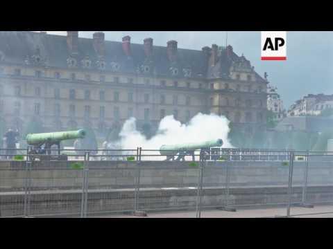 Gun salute for Macron's inauguration