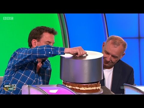 Lee Mack's cake for David Mitchell  - Would I Lie to You? [HD][CC]