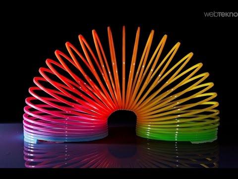 Как называется пружина разноцветная игрушка