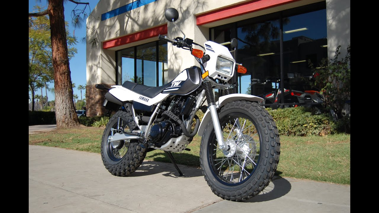 2015 Yamaha TW200 Charcoal Silver White - YouTube