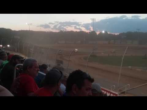 World of Outlaws B Main 2/2  Lawrenceburg Speedway