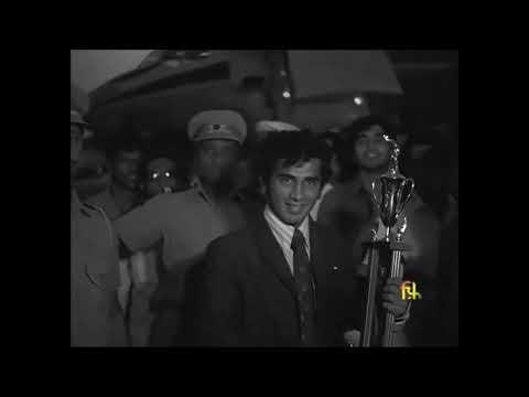 21 year old Gavaskar felicitated after a spectacular debut - 1971