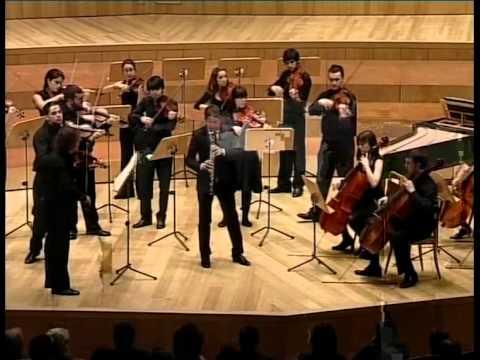 Bach: Concierto para oboe d'amore en La. Lucas Macías (oboe). Camerata Aragón.