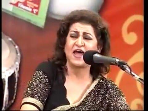 Jhoom Barabar Jhoom Sharabi by Munni Begum...